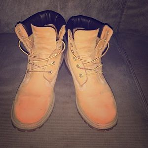 Size 7 kid's timberlands